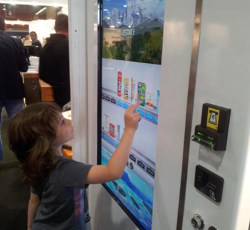 Self Service Smart Vending Automaten kinderleichte Bedienung